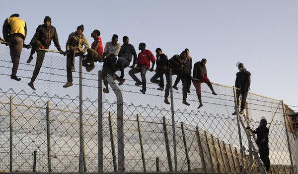 Biden Newsom migrants stimulus checks
